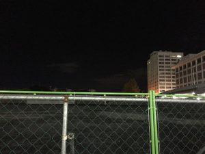 夜の旧市民球場跡地