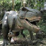 実物大の恐竜が動く!懐かしの街並みも再現!「みろくの里」は親子で楽しめます♪