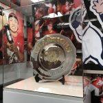 カープベースボールギャラリー(旧カルピオ)にウエスタンリーグと2016年優勝シャーレが展示