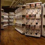 一面ガチャガチャだらけ!広島に3店舗OPENした大型カプセルトイ専門店「ガチャガチャの森」